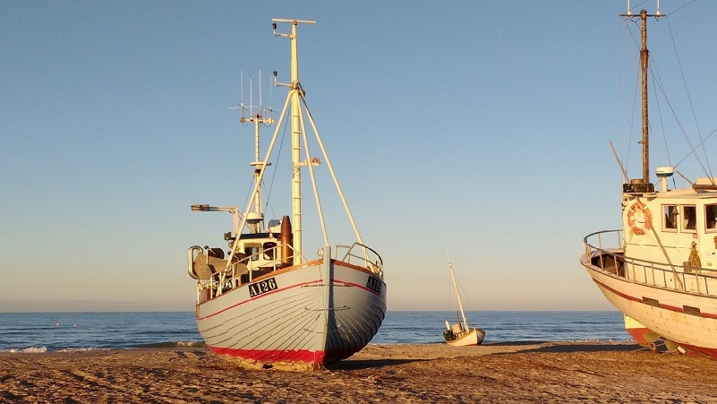 Fishing-vessels-pic